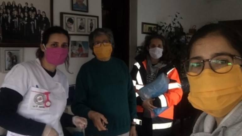 JUNTA DE FREGUESIA – MERCADO SOCIAL E VOLUNTÁRIAS DA FREGUESIA REALIZAM MÁSCARAS E FARDAS PARA PROTEÇÃO COVI-19